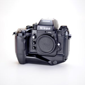 nikonf41-1.jpg