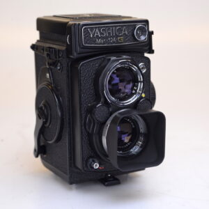 yashica1254-1.jpg